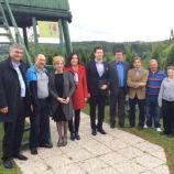 Kandidati za evropske poslance dr. Milan Zver, Romana Tomc in Patricija Šulin pod razglednim stolpom Rudolfa Maistra v Cogetincih
